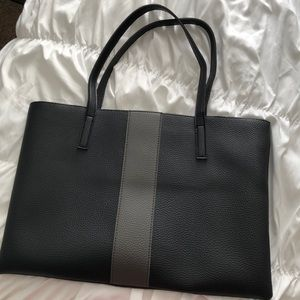 Vince Camuto Tote